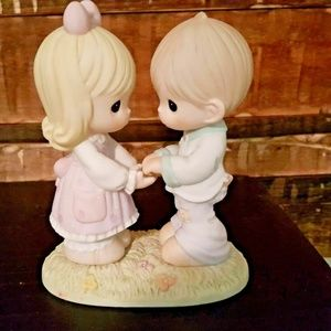 """Precious Moments """"Only You"""" Figurine #550000 PM37"""
